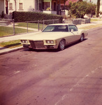 "New Wave Car Club: Photograph of a 1973 Buick Riviera (""Pearl White"") belonging to Rolando Mazon"