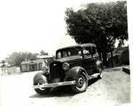 Serra Car Club: Photograph of a 1934 Chrysler