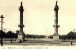 Bordeaux - Les Colonnes Rostrales et les Quinconces