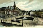 Tours - L'Hôtel de Ville, la Place