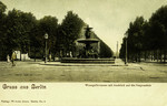 Berlin – Wrangelbrunnen mit Ausblick auf die Siegessäule