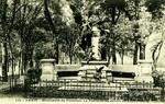 Paris - Monument du Fabuliste La Fontaine au Jardin du Luxembourg