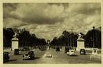 Avenue des Champs-Elysées et Arc de Triomphe de l'Etoile