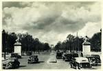 Paris - Avenue des Champs-Elysées et Arc de Triomphe de l'Etoile
