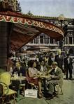 Paris - Le Café de la Paix et la place de l'Opéra