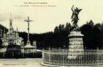 Lourdes - L'Esplanade et la Basilique