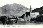 Lourdes - La Basilique, les Piscines et la Grotte