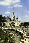 Lourdes - L'Esplande et la Basilique
