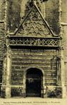 Haarlem – Ingang Groote of St. Bavo kerk. Klokuisplein