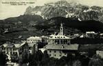 Cortina d'Ampezzo – (1219 m) gegen Tofana (3241 m)