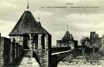 Carcassonne - Perspective de la Tour Cahuzac