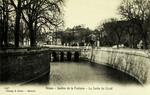 Nimes - Jardins de la Fontaine - La Sortie du Canal